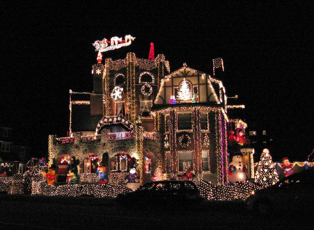 christmas lights car service house